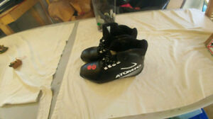Cross country ski boots, Men's 6.5
