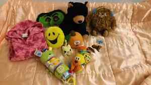 10 toys and a  sweatshirt for sale