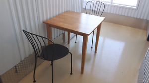 3 Piece Dining Set - Perfect Condition - Great For Student's