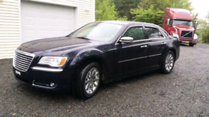2011 Chrysler 300 limited REDUCED NEW PICS!!!