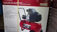 Husky - 8 Gal. Oil Lubricated Air Compressor