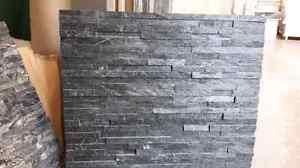 Stacked stone / ledgerstone.