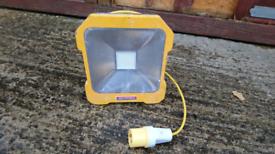 Faithfull 20w 110v LED Task Work Light with power take off