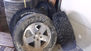 "Set of 4 18"" Jeep rims"