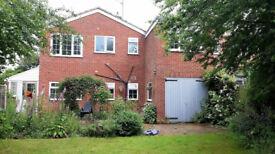 4 bedroom house in Tenterfields, Halesowen, B63(Ref: 6945)