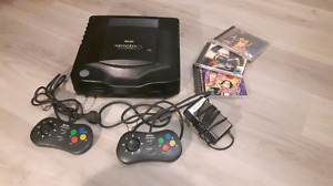 Neo Geo CD with 2 controllers, 3 fighting games, working!