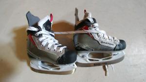 Y9 Ice Skate like new