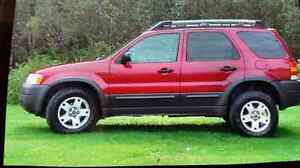 2003 Ford Escape  4x4 XLT