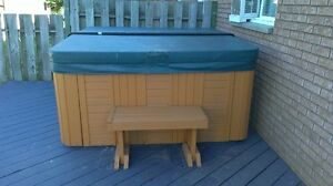 6 Person Hot Tub for sale!