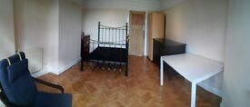 Huge and Bright Double available in Upper Walthamstow