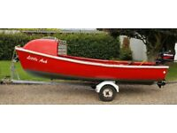 12ft sturdy fibreglass boat & trailer with Mercury 4HP lightweight 2 stroke engine