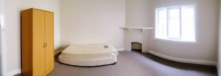 Chatswood room for rent 270/wk incld bills