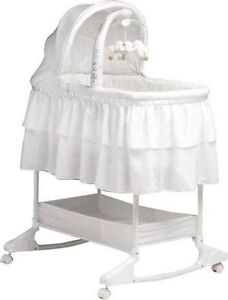 Excellent used condition babu bassinet Burnside Melton Area Preview
