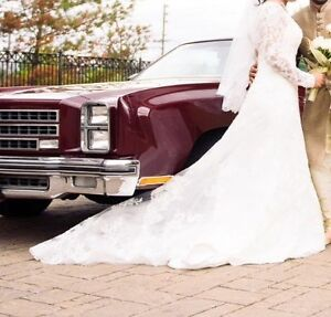 Designer Long Sleeve Wedding Gown +Veil, SIZE 10 (M), $650 OBO
