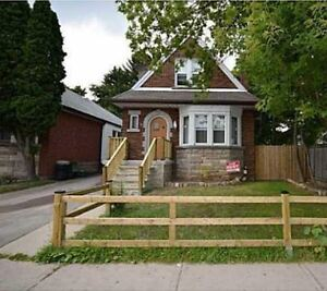 Westdale Student rental Near McMaster, Everything at your door