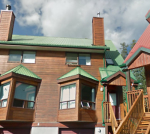 PEKA MANAGEMENT HAS A 3 BEDROOM TOWNHOUSE IN CANMORE