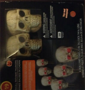 Halloween Skull pathway markers - brand new in box never used