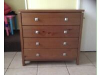 Lovely Bedroom Brown 4 Door Chest of Drawers Good Condition Can Deliver