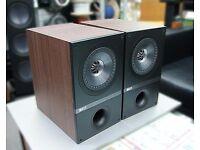 KEF Q100 Bookshelf Standmount Speakers / Walnut + Stands