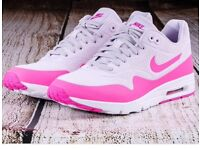 Nike Air Max 1 trainers