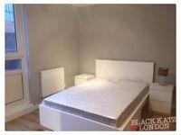 Large 3 bedroom property in Chalk farm
