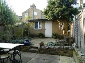 Great 2 bedroom flat with private garden in West Hampstead