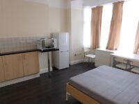 STUDIO FLAT TO LET IN HENDON CENTRAL INCLUDING ALL BILLS EXCEPT ELECTRICITY