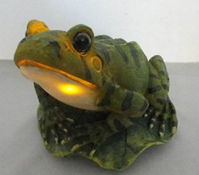 Outdoor Garden Decoration Solar Powered Frog Figurine LED Light Luminary