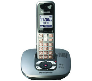 PANASONIC Cordless Phone/Answering Machine with 1 extra handset