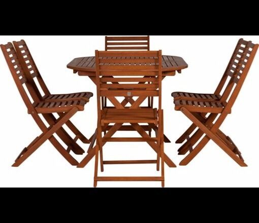 Folding wooden garden table and 6 chairs