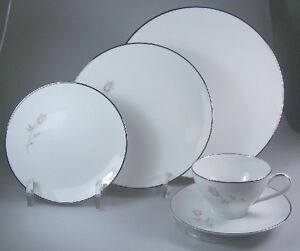 NORITAKE-PASADENA-6311-FIVE-PIECE-PLACE-SETTINGS