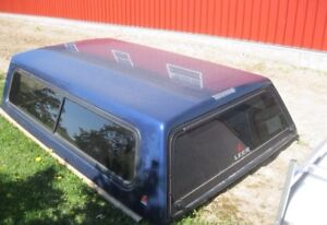 Leer Truck Cap - Pristine Condition