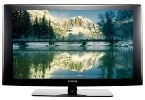 Samsung tv 52 inch LN  T5265N