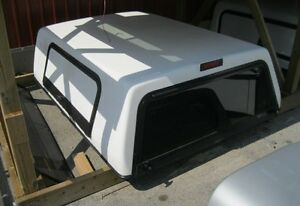 1993-2013 Ford Ranger 6.5' White Fiberglass Contractor Truck cap