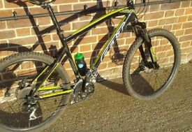 Felt mountain bike (not carrera boardman specialised Marin voodoo)