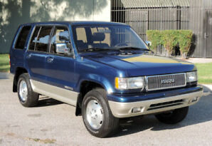 *****   3.2 L Isuzu Trooper (with engine problem) *****
