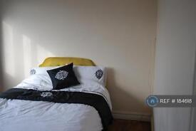 3 bedroom flat in Skipton Road, Birmingham City Centre, B16 (3 bed)