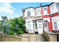 3 Bedroom First Floor FLat to Let on Oxford Road Ilford IG1 2XG