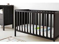 baby cot, baby bed, £70 , matrass, wardrobe