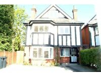 One bedroom property in Westbourne!