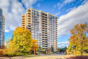 Avenue & 401, 1 Bdrm + Den/Solarium CONDO for rent/lease