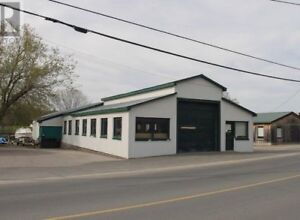 3,100 sf ft of Restaurant, Office, or Workshop Space Available