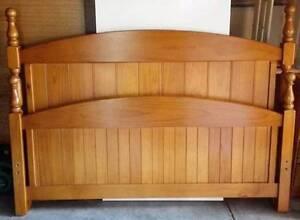 queen size bedroom suite,  incloud queen bed frame and mattress, Glen Waverley Monash Area Preview