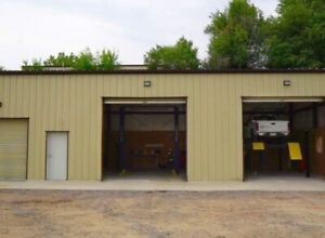 Looking to rent commercial garage space 1+ bays