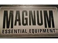 New magnum classic boots size 10