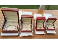 Four Pieces of Silver Jewellery hot-diamonds