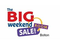 Weekend Sale- Clean Large Double available , 8 minutes from Bolton Town NOW ONLY £80 Per Week-NO DEP