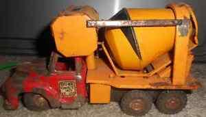 1950s Remote Control Cement Truck Regina Regina Area image 4