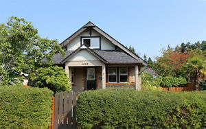 Superbly Maintained Home with Detached Garage in Port Alberni