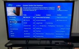"32"" LED TV"